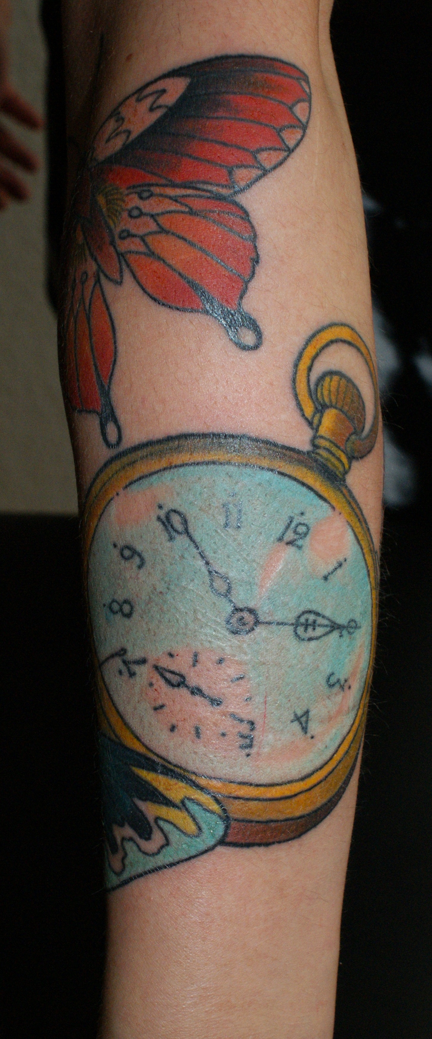 Auch die kaputte uhr geht zweimal am tag richtig hold for Hold fast tattoo